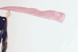 Galop et hélice avec foulard